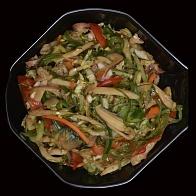 Острый салат с осьминогом